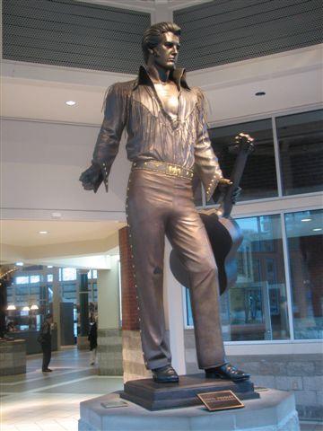 Elvis Statue