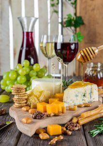 Come an Experience a Food & Wine Tour of the Eastern Townships.